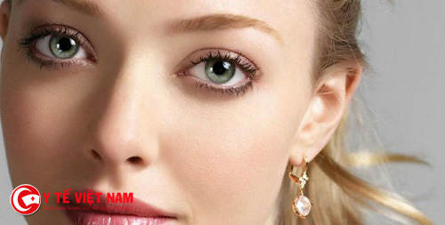 Phong cách trang điểm tự nhiên giúp đôi mắt bạn đẹp một cách tự nhiên