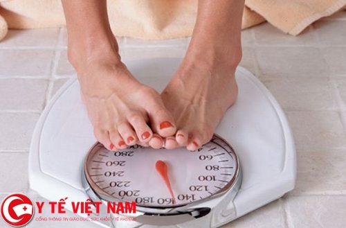 Cân nặng bị giảm sút nhanh chóng