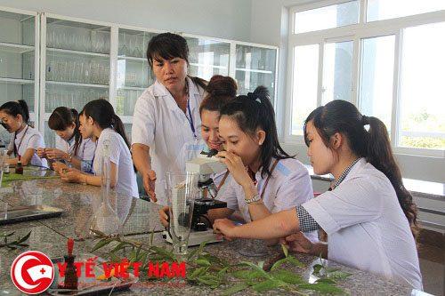 Học tập tốt trên con đường trở thành bác sĩ y khoa