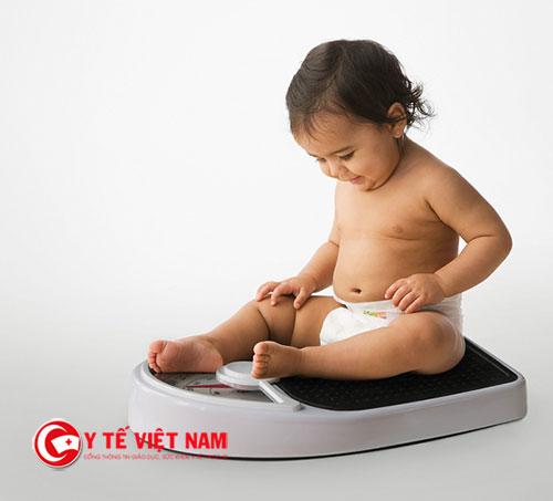 Kiểm tra cân nặng thường xuyên để giúp bạn biết cách mình làm đã đúng chưa