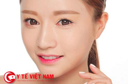 """Cùng sao Hàn """"truy tìm"""" giải pháp thẩm mỹ mắt đẹp nhất hiện nay"""