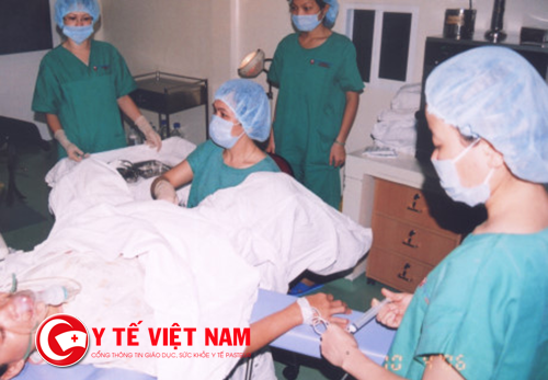 Có đến 300.000 nữ sinh Việt nạo phá thai hàng năm