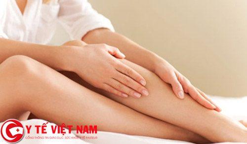 Bật mí tuyệt chiêu tẩy lông chân an toàn tại nhà bằng bột nghệ và sữa chua