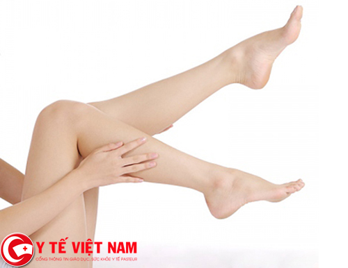 Tẩy lông chân với phương pháp tự nhiên chưa đến 10 ngàn đồng