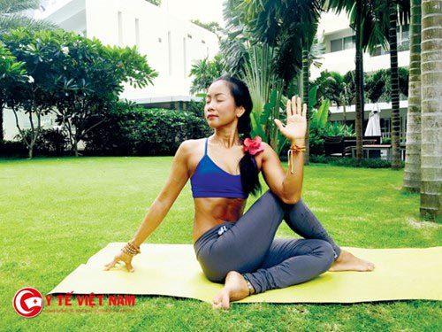 tư thế yoga tốt cho người bệnh gút