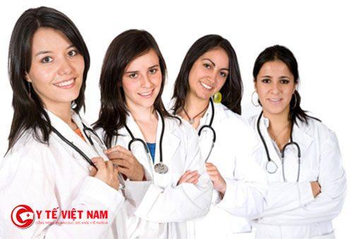 tuyển nhân viên y tế