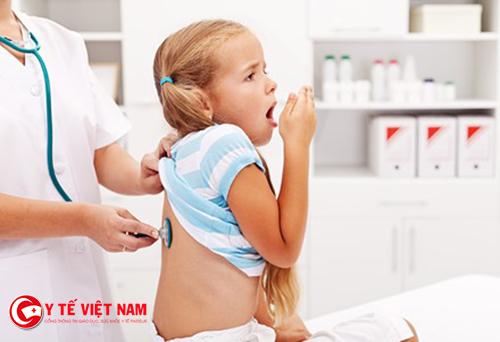 Trẻ em rất dễ mắc bệnh nhiễm khuẩn hô hấp
