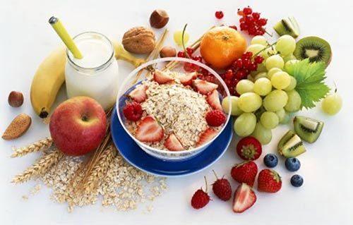 Điều dưỡng viên hướng dẫn biện pháp ăn chay có lợi nhất cho sức khỏe