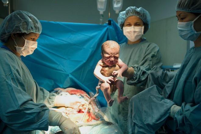Đứa trẻ sinh ra nhờ kỹ thuật mới