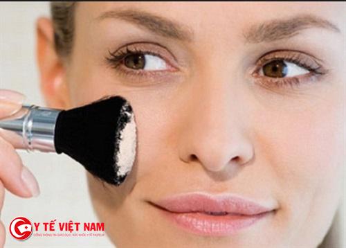 Phấn rôm có tác dụng làm trắng da một cách hiệu quả