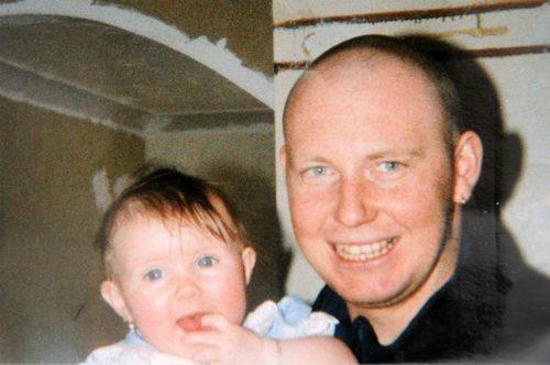 Jeffrey Blowers và con gái khi còn sống