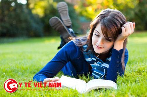 Đọc sách giúp tinh thần thư thái, giải tỏa phiền muộn
