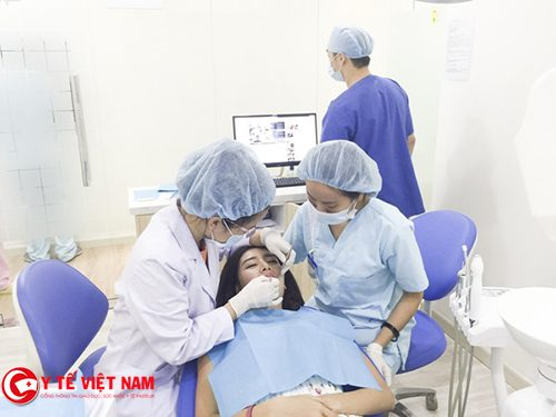 nhổ răng hàm bị sâu
