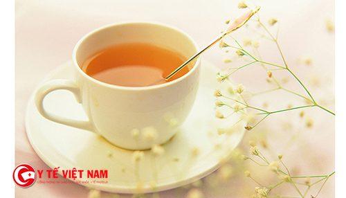 Uống nước mật ong giúp trẻ hóa da mặt mỗi ngày