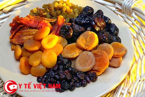 Các loại trái cây, hạt khô tốt cho sức khỏe người gầy