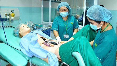 Phòng thực hành của sinh viên ĐH Y khoa Phạm Ngọc Thạch