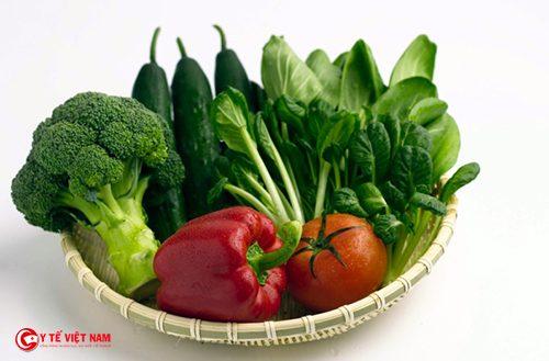 Ăn ít rau xanh cũng là nguyên nhân khiến vòng bụng ngấn mỡ