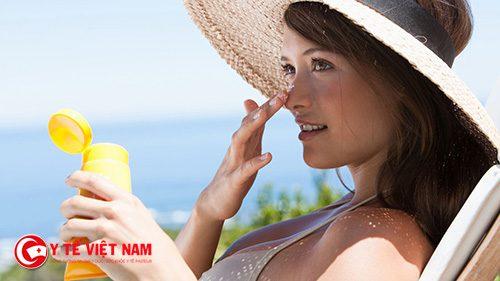 Chọn kem chống nắng có chỉ số SPF cao giúp bảo vệ da và ngăn ngừa da lão hóa hiệu quả