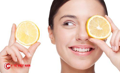 Khi căng da mặt bằng chanh cần chú ý che chắn bảo vệ da