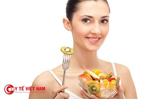 Thực hiện chế độ ăn uống lành mạnh để giảm cân cấp tốc