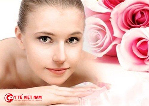 Sử dụng mặt nạ giấy để cóp làn da căng mịn
