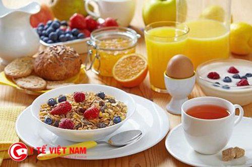 Thực hiện chế độ bữa sáng đa dạng là nguyên tắc giảm cân đầu tiên cần thực hiện