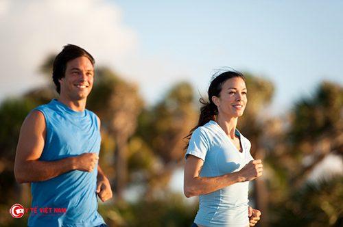 Tập thể dục thất thường cũng khiến vòng eo ngấn mỡ nhiều