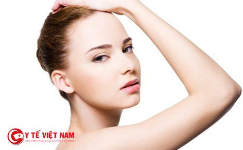 Sử dụng kết hợp các sản phẩm kem dưỡng để có làn da trắng mịn