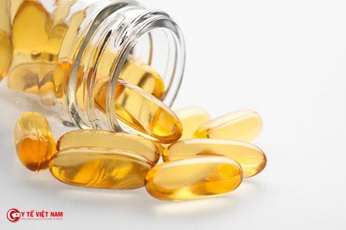 Vitamin E giúp trị sẹo lõm lâu năm hiệu quả