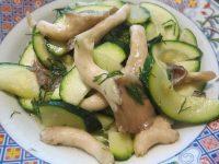 Món nấm xào dưa chuột giúp giảm cân