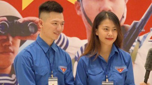 Bạn Phạm Hồng Nhung, sinh viên năm 2 trường Cao đẳng Y Dược Pasteur xúc động chia sẻ về chương trình.