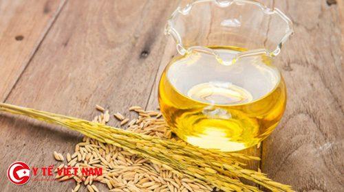 Dầu gạo giúp trẻ hóa da mặt tại nhà đơn giản