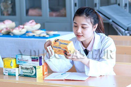 Học Văn bằng 2 Cao đẳng Dược mang đến thành công cho cô nàng Quản trị kinh doanh
