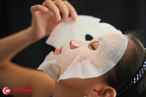 Mặt nạ giấy giúp chăm sóc da căng mịn