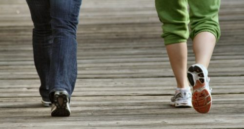 Đi bộ có nhiều lợi ích cho sức khoẻ
