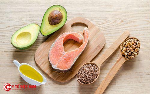 Sử dụng thực phẩm có chứa chất béo tốt giúp chị em làm đẹp toàn diện