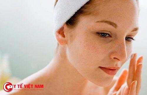 Có rất nhiều nguyên nhân gây nám da mặt