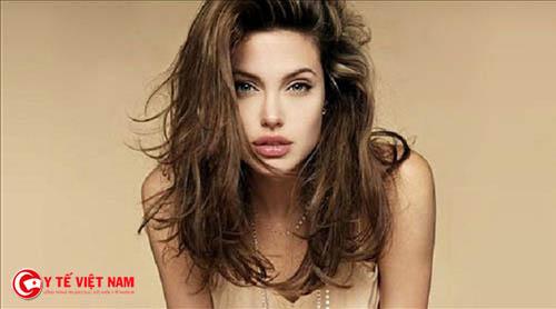 Phụ nữ có xương quai hàm rộng thường thành đạt trong cuộc sống