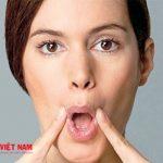 Phụ nữ có tướng miệng hướng xuống thường có tướng hồng nhan bạc phận
