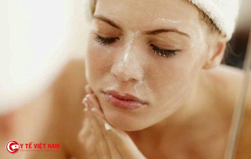 Tẩy tế bào chết giúp chăm sóc làn da căng mịn