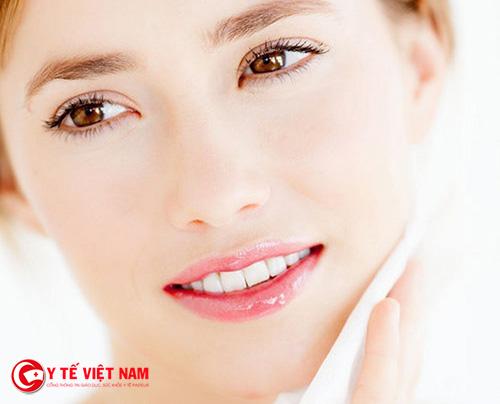 Đắp mặt nạ dưỡng ẩm cho da mỗi tuần