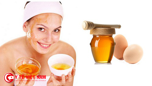 Mặt nạ mật ong dưỡng da căng mịn