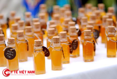 Lựa chọn tinh dầu để làm kem dưỡng da ban đêm