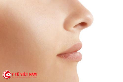 Mũi cao thon gọn nhờ nâng mũi Pureform