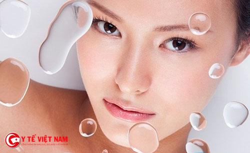 Bổ sung đầy đủ nước cho làn da khô