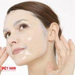 Lạm dụng mặt nạ giấu khiến da bị tổn thương