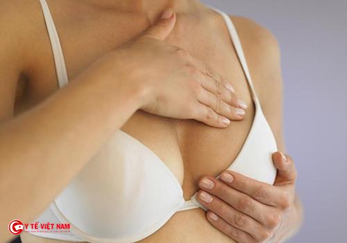 Vòng một đầy đặn nhờ nâng ngực nội soi
