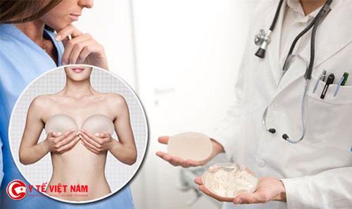 Nâng ngực nội soi cho vòng một hoàn hảo