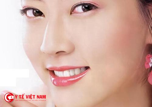 Giam thiểu các bước trang điểm giúp da căng mịn