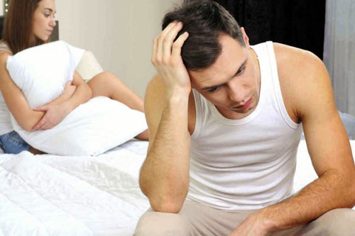 Đàn ông không thích vợ hay càu nhàu với chồng